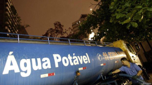 Caminhão-pipa (Reuters)