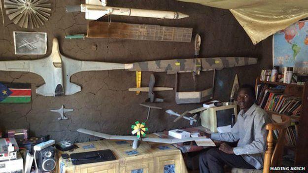 [Internacional] Piloto frustrado, sudanês monta avião no quintal de casa 150224093451_george_mel_2_624x351_madingakech_nocredit