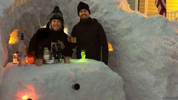 Bar en la nieve