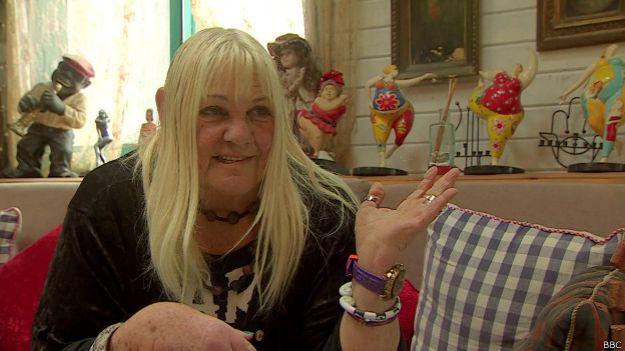 La esposa de preggo le dice a su marido cuánto quiere mi bbc 4