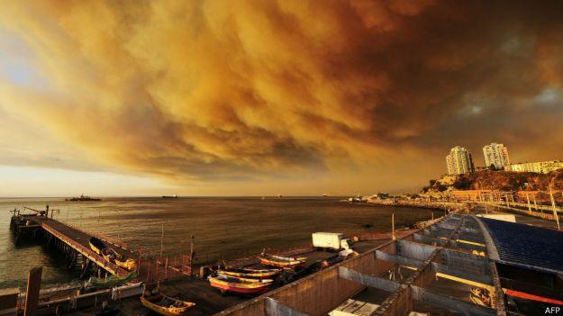 Humo sobre Valparaíso