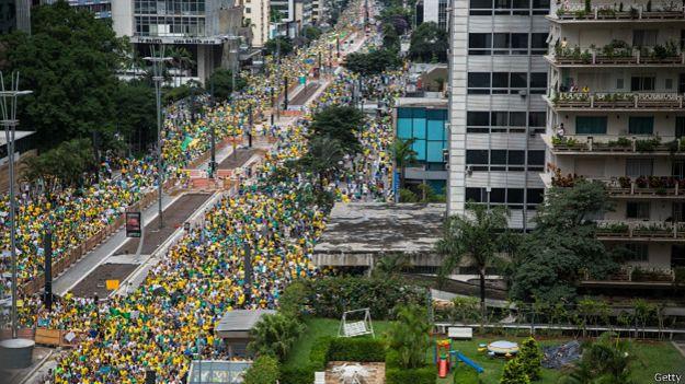 Brasil, crecimiento económico capitalista y luchas de clases. - Página 5 150315182154_sp_marcha_624x351_getty
