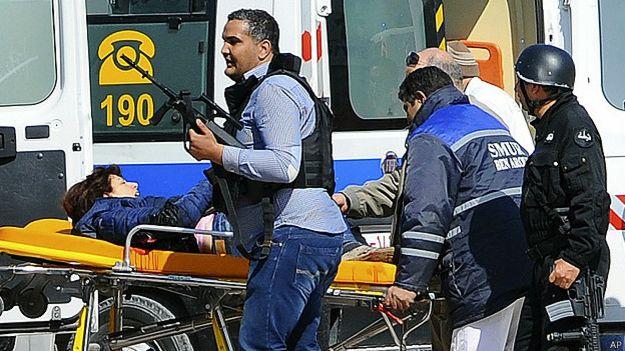 fuerzas de seguridad en Túnez