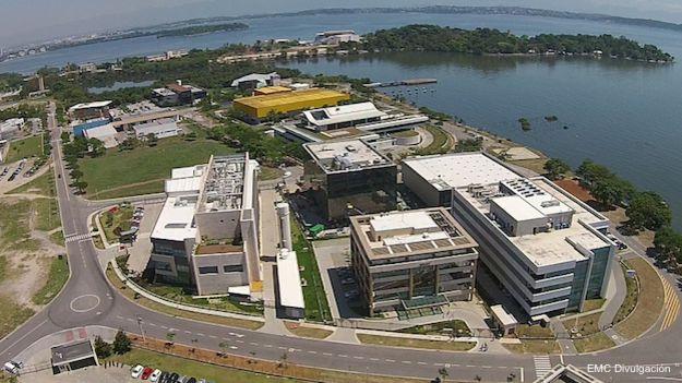 Vista aérea del parque tecnológico de la Universidad federal de Río de Janeiro.