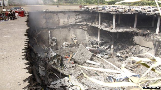 Обломки торгового центра в Найроби