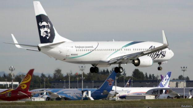 Самолёт компании Alaska Airlines (фото сделано в октябре 2013 года)