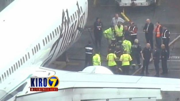 Самолет коимпании Alaska Airlines