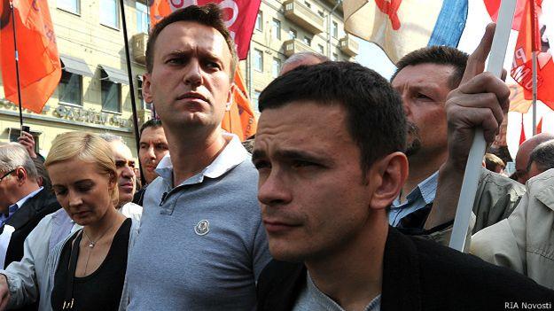 Навальный, Яшин на Марше миллионов 06.05.12