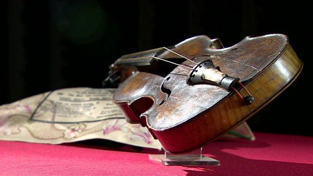 Violino de músico do Titanic. Foto: reprodução de vídeo