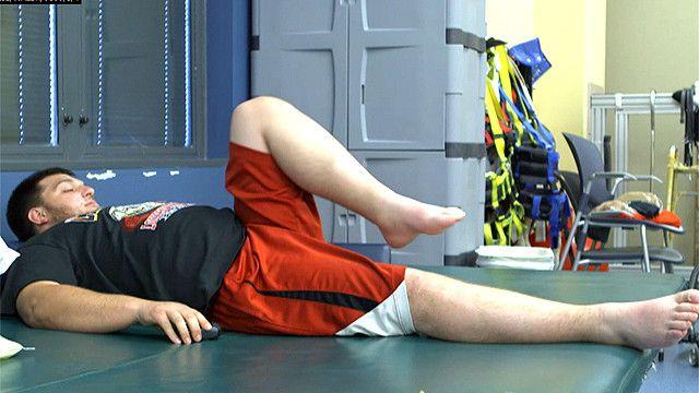 Kent Stephenson, uno de los pacientes con parálisis que recuperó algunos movimientos