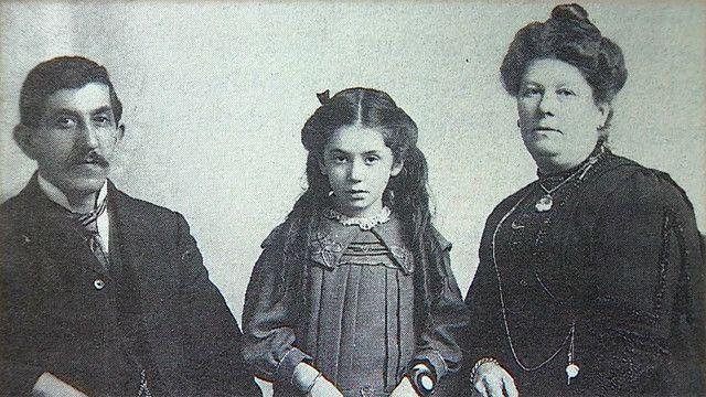 Benjamin Hart, Eva Hart y Esther Hart