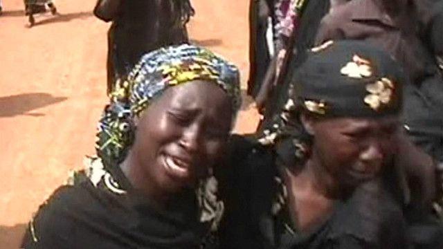 Familiares de niñas secuestradas en Nigeria