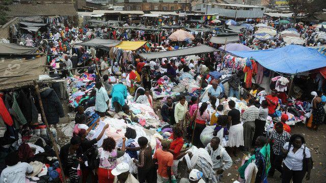 Soko la Gikomba lachomeka Kenya - BBC Swahili
