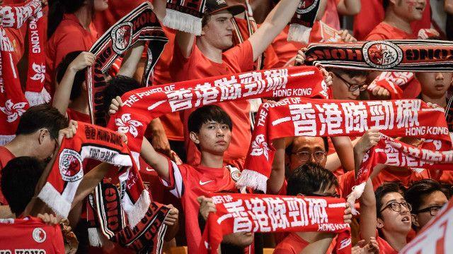 Pendukung sepak bola ejek lagu kebangsaan Cina – BBC Indonesia