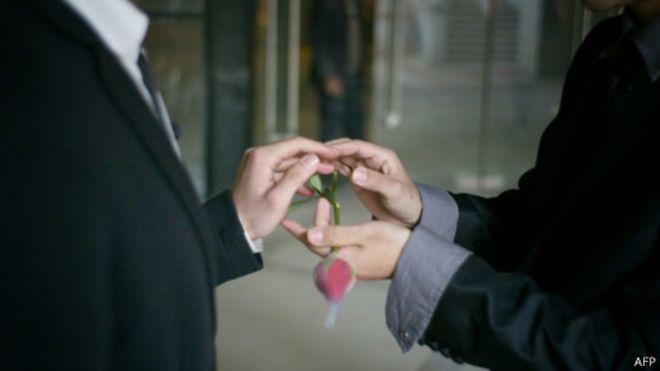 Chile aprueba unión civil para parejas del mismo sexo