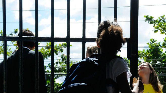 saída escola no Rio de Janeiro Foto Tânia Rego/Agência Brasil