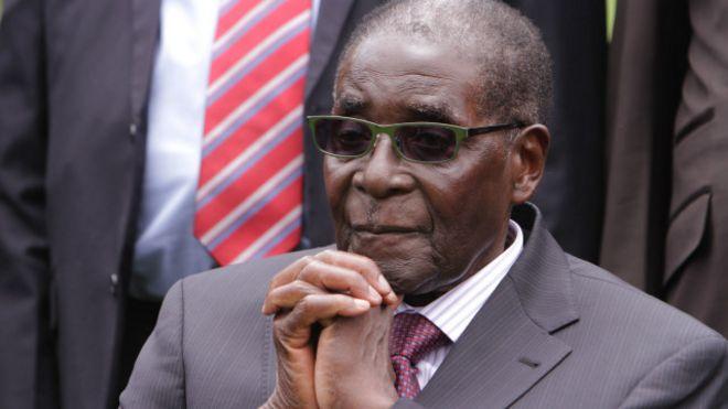141222173039_zimbabue_presidente_robert_mugabe_640x360_ap_nocredit.jpg