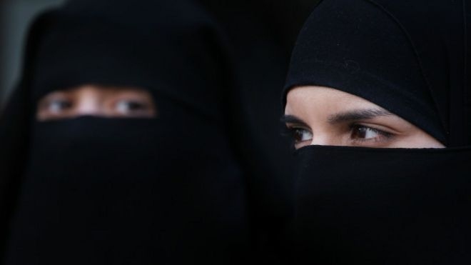 150217180020_woman_burqa_640x360_getty_nocredit.jpg
