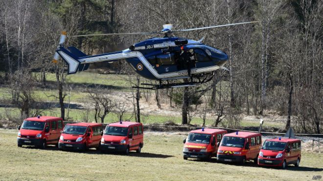 http://ichef.bbci.co.uk/news/ws/660/amz/worldservice/live/assets/images/2015/03/26/150326123609_rescue_helicopter_624x351_afp.jpg