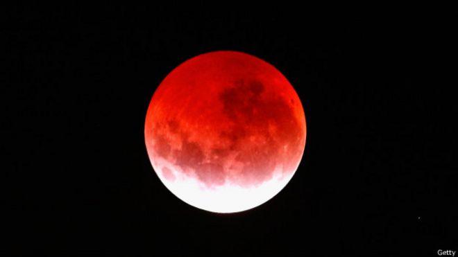 """Por qué la luna llena """"no tiene la culpa de nada"""" de lo que nos ..."""