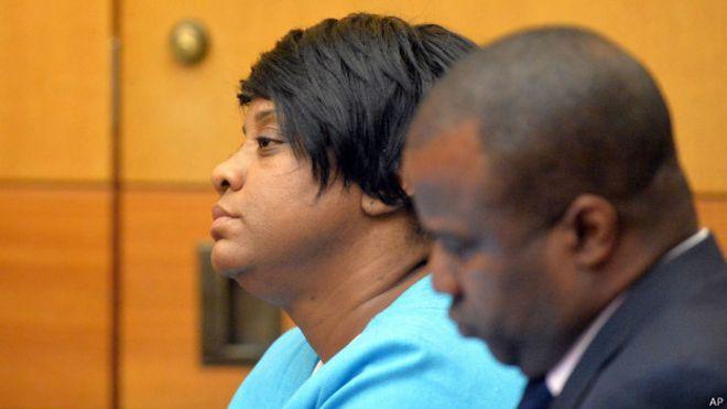 Una de las directoras condenadas