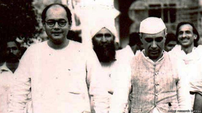 पंडित नेहरू के साथ सुभाष चंद्र बोस.