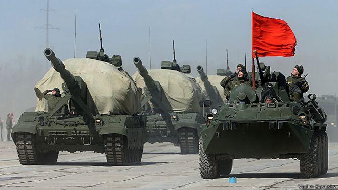 "САУ ""Коалиция СВ"" во время репетиции парада"