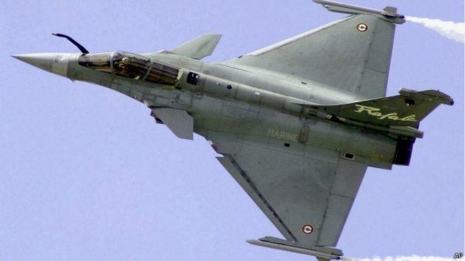 قطر تشتري 24 طائرة رافال مقاتلة من فرنسا 150430141730_rafale_fighter_640x360_ap