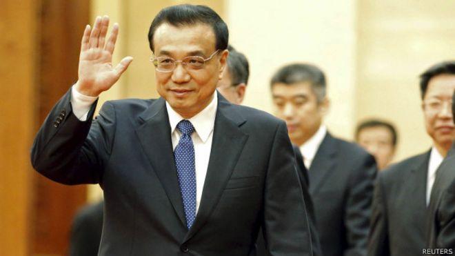 Primer ministro chino, Li Keqiang, gesticula antes de un encuentro oficial en Perú.