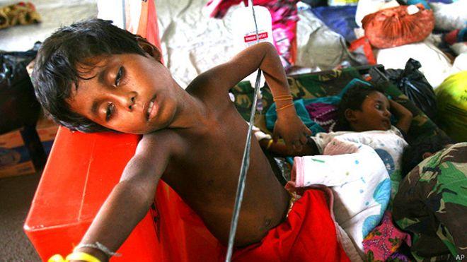 Niño rescatado en Indonesia