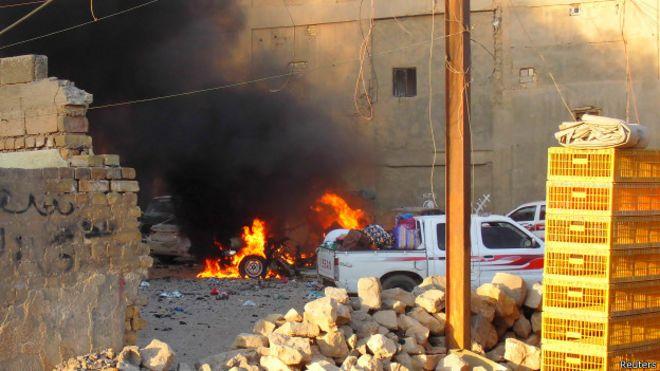Горящий автомобиль в Рамади