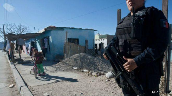 Policía vigila un barrio en Ciudad Juárez, Chihuahua, México. Foto: AFP/Getty