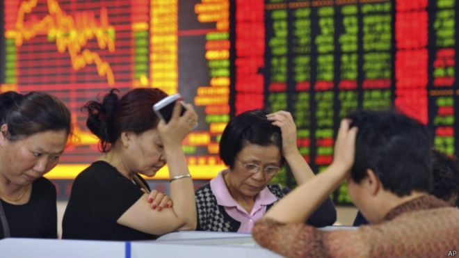 150706150242_chinese_stock_investors_react_prices_fall_624x351_ap.jpg