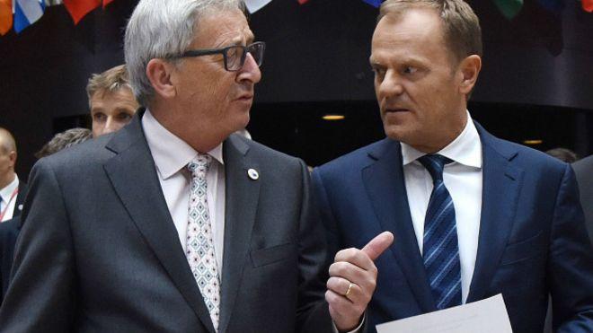 Presidente da Comissão Europeia, Jean-Claude Juncker, e chefe do Conselho Europeu, Donald Tusk