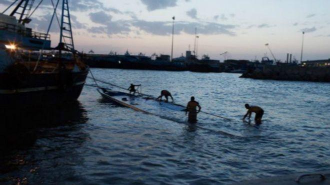150828110244_libya_migrants_512x288_bbc_