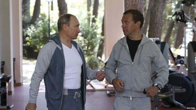 الرئيس الروسي بوتين ورئيس حكومته ميدفيديف يؤديان التمارين الرياضية سوية في سوتشي