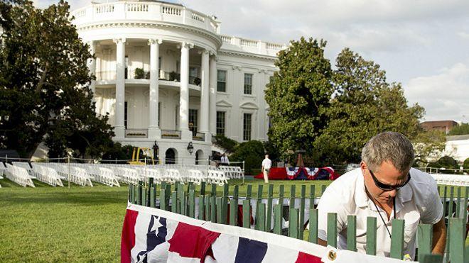 La polémica lista de invitados de la Casa Blanca que preocupa al Vaticano