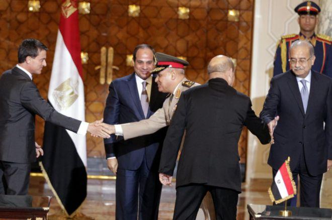 Подписание сделки в Каире
