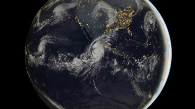 http://ichef.bbci.co.uk/news/ws/660/amz/worldservice/live/assets/images/2015/10/23/151023135605_huracan_624x351_afp_nocredit.jpg