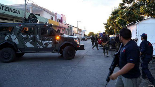 """La polémica """"resurrección"""" de narcos en México"""