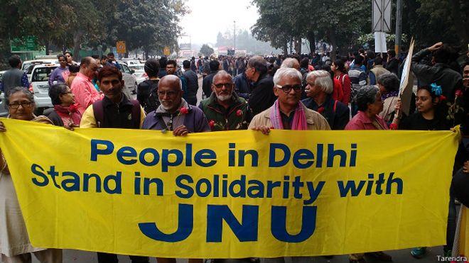 कन्हैया कुमार की गिरफ़्तारी के ख़िलाफ़ नई दिल्ली में प्रदर्शन.