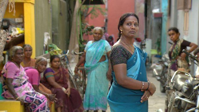 تجارت مو و تراشیدن مو های هندی ها