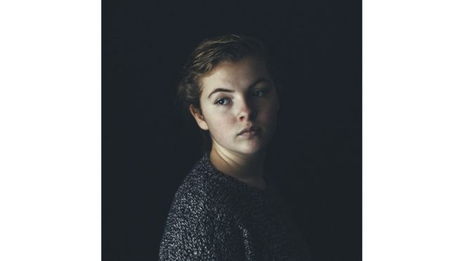 Retrato de Sarah, por Sam Delaware