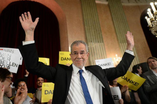 На президентских выборах в Австрии победил Ван дер Беллен