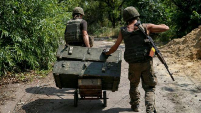 克里米亚危机升温 乌克兰军队进入战备状态