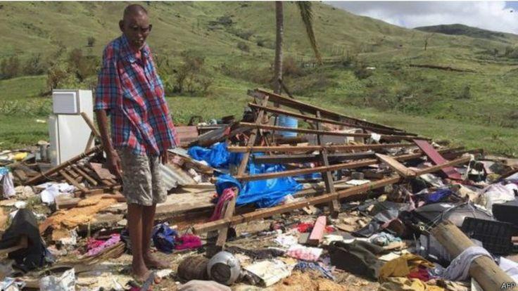 科羅島上約兩千戶居民的住宅「基本上被夷為平地」。