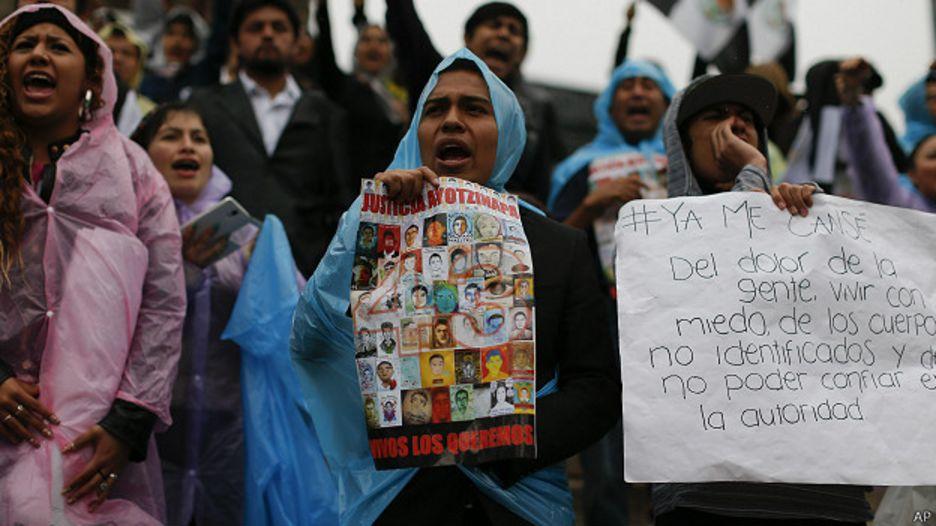 Protesta por desaparición de 43 estudiantes