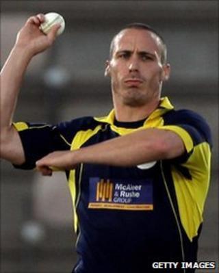 Hampshire paceman Simon Jones