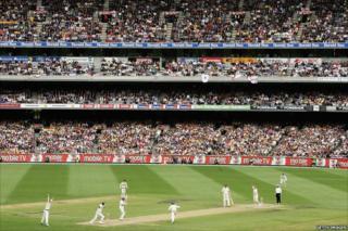 Shane Warne's 700th Test wicket