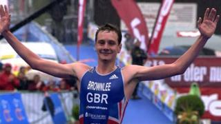 Alistair Brownlee crosses the finish line